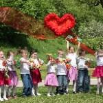 Program detí materskej školy ku Dňu matiek
