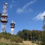 Vrch Makovica s charakteristickými vysielačmi